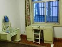 百大附近二室一厅 繁华地段 崔女士:15055984365