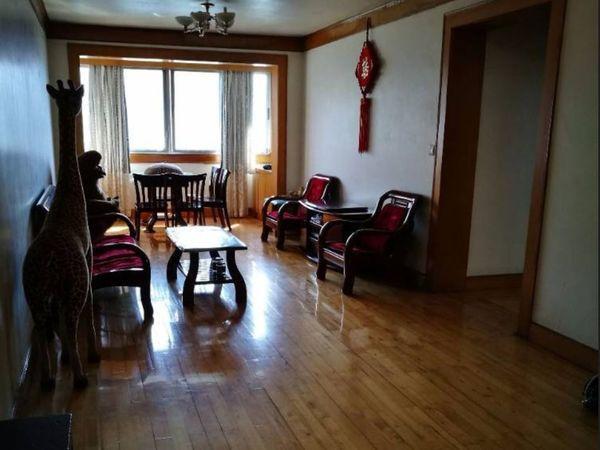 出租西镇小区3室2厅1卫120平米1200元/月住宅