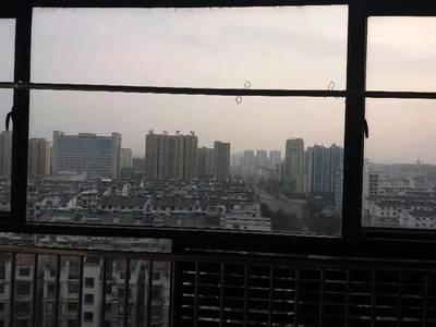 出租江南之星1室1厅1卫 正南有阳台 随时看房阳光好 设备齐全