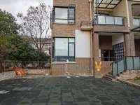 江南新城 大气边套联排别墅,200平大院子,全明户型视野开阔 阳光充足