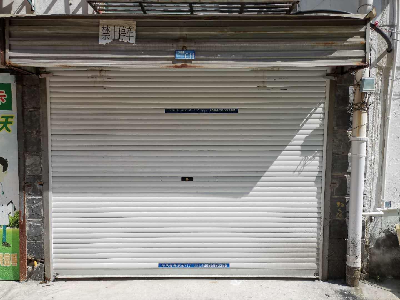 车库出租阳光绿水小区 23平方米 适合仓储 联系电话:13965508164