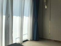 出租恒大滨江左岸3室2厅2卫114平米2200元/月住宅