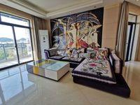 江南新城精装修大三房,好楼层,带个产权车库一起低价出售