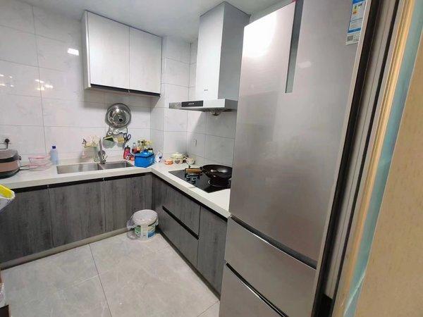 江南东方丽景禧园 电梯黄金楼层精装修两房 看房方便满两年