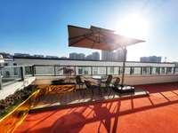 屯溪单价9200起 稀缺上下两层叠屋,户型那个通透带露台大院子,总计120万起售