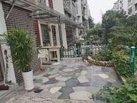 依云红郡精装三房 基本没住 一楼带院子 房东非常用心装修的 真正的拎包即住阳光好