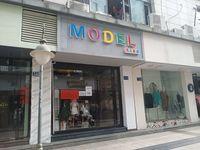 出租新黄山商业步行街 女人街 39平米面议商铺