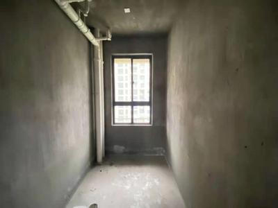 御泉湾电梯大4房,楼.王栋,南北通透,送产权车位,送柴间,满2年,业主诚心出售