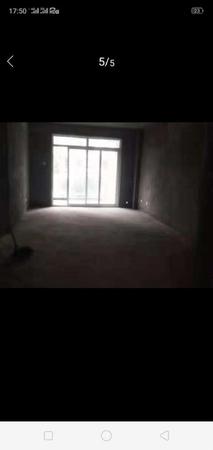 新潭故里南北通大两房,满2年,业主诚心出售,单价仅7000多,看房方便