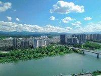 城芯滨江 绝版地段 一线江景俯瞰城央 民用水电 精装交付 面积:45-90