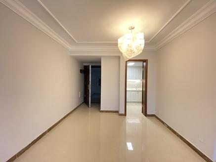 恒大滨江左岸 黄金楼层 120平米 3房2厅2卫 报价138万 全新精装修