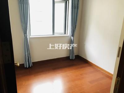 恒大滨江左岸 花园电梯小洋房 家具家电全配齐 直接拎包入职 婚房装修 首次出租