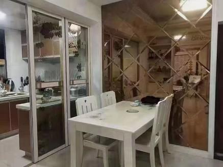 玉屏府白鸟亭,六中,精装修2房,满2年