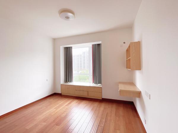 百分百真房源 碧桂园 2室2厅 全新装修 家电家具配齐 可拎包入住