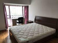 东方丽景 精装修 3室2厅 家电家具齐全 租金1800元每月