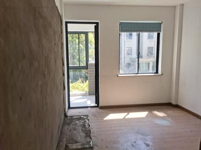 单价一万购城东徽州公馆毛坯大三房 户型方正 采光好 满两年 有钥匙 可随意装修