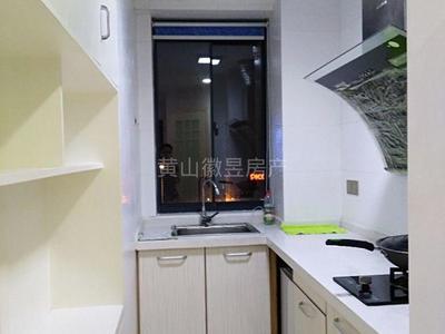 御泉湾公寓出租,电梯房,家具家电齐全,1100大洋一个月