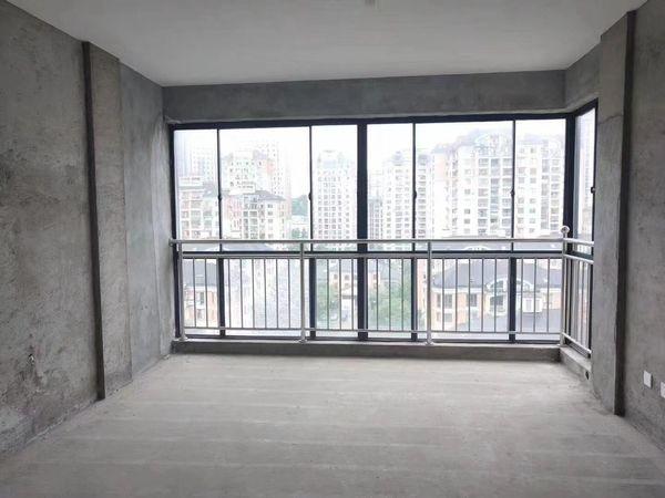 114万买城东三房,徽州公馆电梯黄金楼层,满二年,纯毛坯,超高性价比