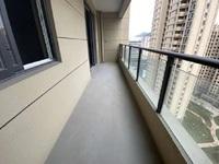 天都江苑6号楼 电梯3楼 大平层4房3卫 送车位 小区价最低 环境好物业好