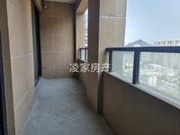 绿地滨江一号 城东高品质小区 94平3室2厅1卫 赠送面积大 南北通透 采光好!