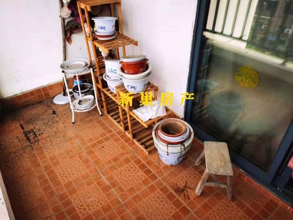 御泉湾,花园洋房稀缺56复试,工程质量好,买一层送一层,实用面积200平方