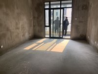 新出房源 江南片区六中学区电梯花园洋房 全新毛胚 低于市场价 看房随时
