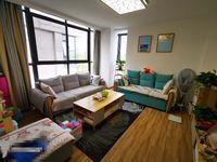 黄山市 新昌仁医院隔壁 依云红郡 好楼层 总价周边最低的一套房子