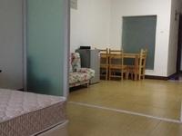 永辉超市旁 世贸绿洲 居家装修公寓 家具家电齐全 生活配套完善 拎包即可入住