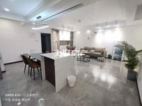 绿地滨江壹号95平全新精装两房房东报价123万