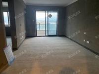 栢悦南山经典小三房,一口价132万,赠送面积多