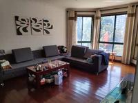世贸绿洲多层2楼三室三厅精装潢有大露台房屋出售