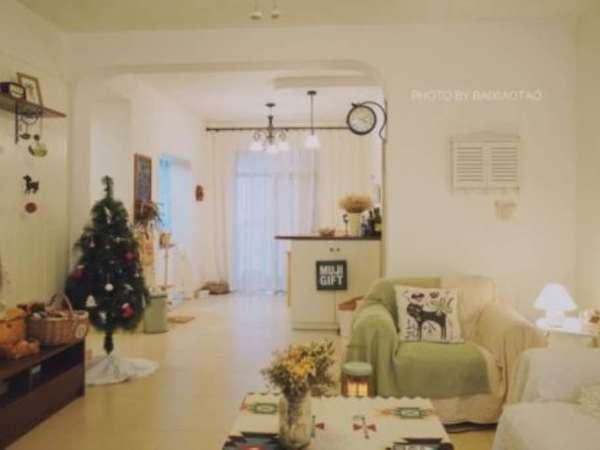 江南新城 百小六中 带私家花园40平 满5唯 一精装修 南北通户型 看房请预约