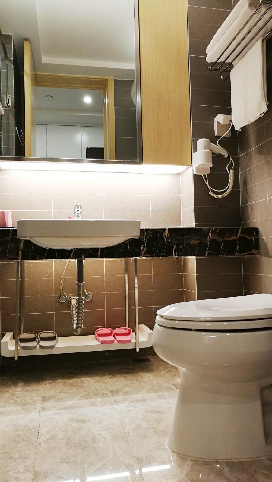 沙洲新村 栢景雅居附近 太平洋 黎阳水街 九小隔壁 单身公寓 价格便宜只要600