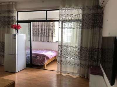 颐和观邸电梯好房 物业管理完善 家具家电齐全 拎包入住