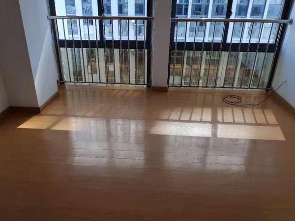 天一国际176.68平方米中等装潢办公用房出租