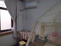 黄山市人民医院边二室一厅一厨一卫中等装潢房屋出租