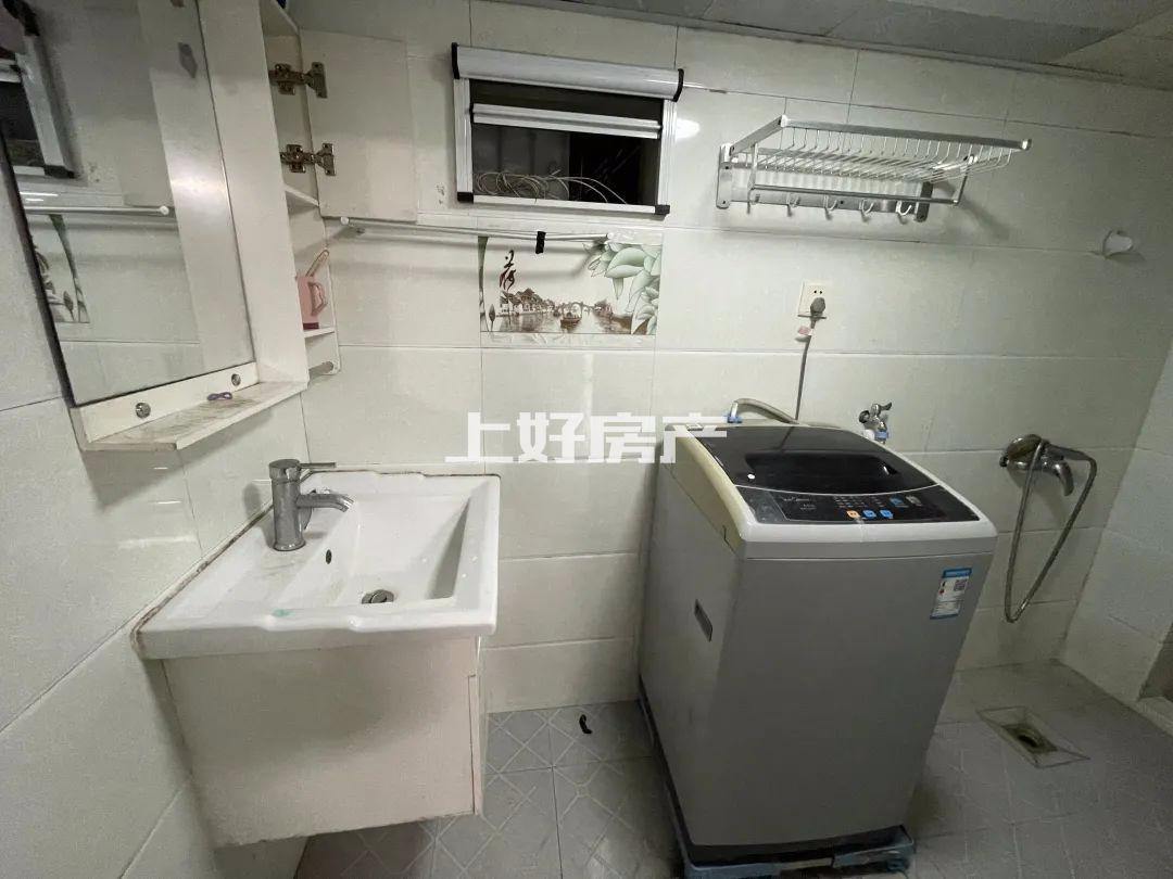 阳湖 山语人家 月租800 家具家电齐全 拎包入住 看房方便