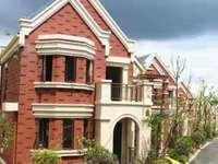 高尔夫金桂园别墅 七十年产权 3房2卫 前后双阳台 只此一套 还有大院子哦