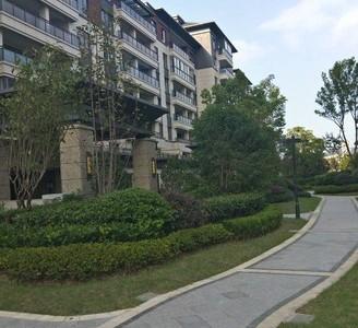 栢悦华庭,庭墅一线品牌全新装修基本不住,送60平方院子,高端品质小区,位置好