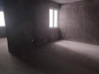 桑园小区三室二厅一厨一卫纯毛坯房屋出售