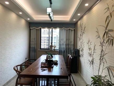 阳湖豪华装修大四房仅售199万 家具家电齐全 拎包入住 满两年 有钥匙随时看房