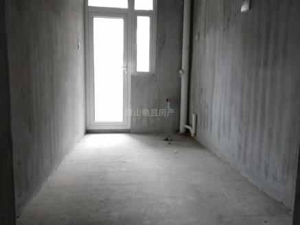 齐云府 最后一套多层小三房、全天日照、无遮挡、送前后三阳台、看中可谈!