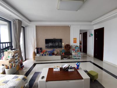 独家房源东方丽景花园 大四房精装修拎包入住 百小 六中143平房东诚售189.8