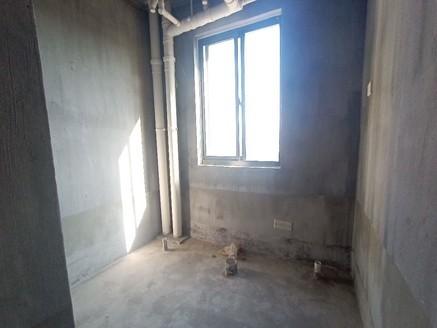 御泉湾 三房二厅二卫 边套全明户型 南北通透二房朝南 看房方便