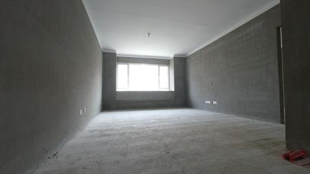 城东新贵栢悦华庭大3房,中高层,视野好,南北通透,双阳台,业主诚心出售