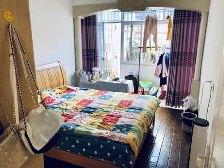 出售仙人洞北路 多层2楼 2室2厅1卫65平米61万住宅