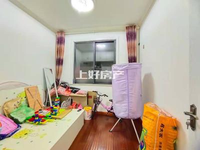 出租中铁滨江名邸 精装三房 电梯好楼层 南北通透 家具家电齐全拎包入住