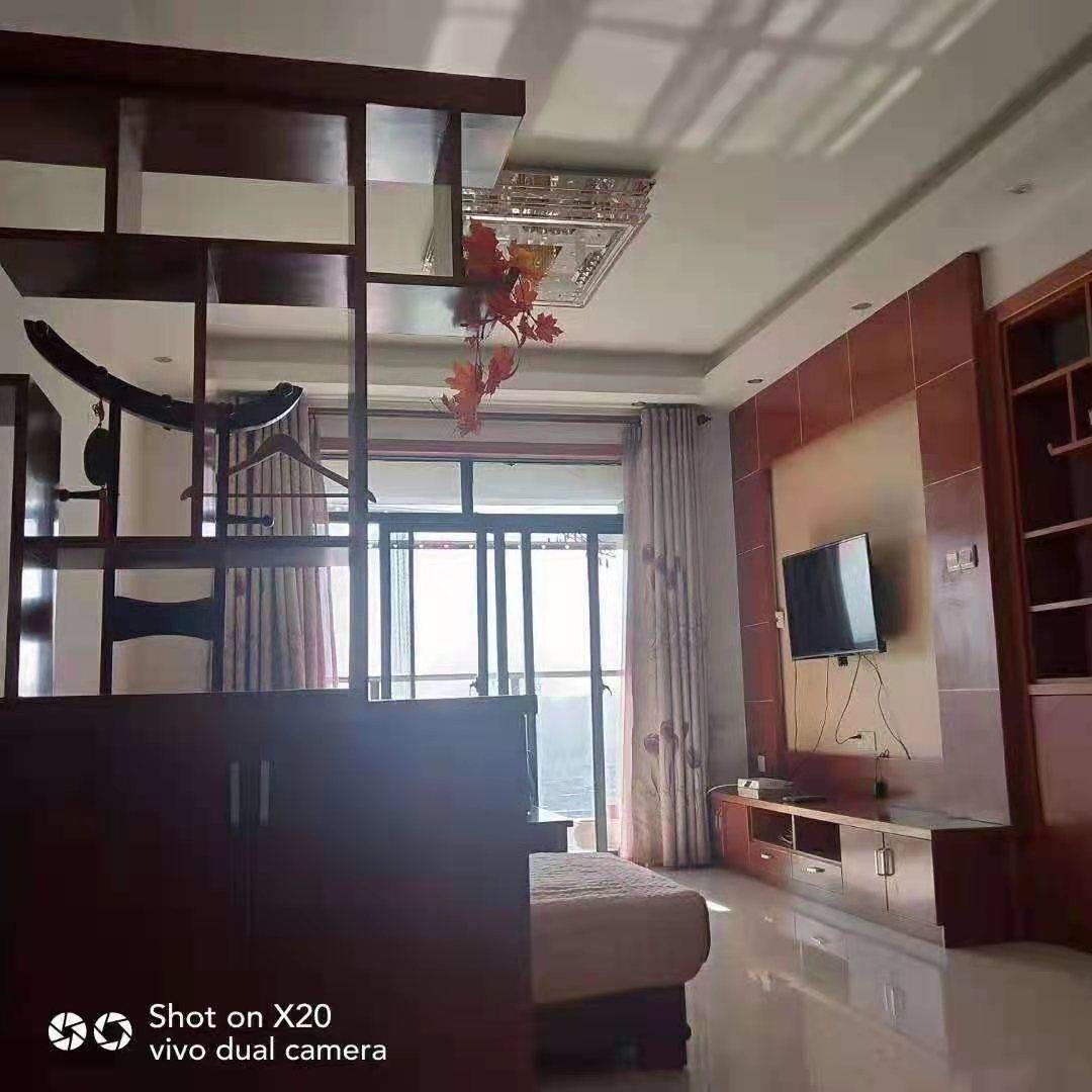 出租玉屏 齐云府1室1厅1卫65平米1300元/月住宅