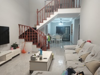 出售江南新城3豪华新装修室2厅2卫130平米135万住宅