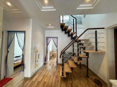 出售洽阳南苑3室2厅2卫151平米122万住宅